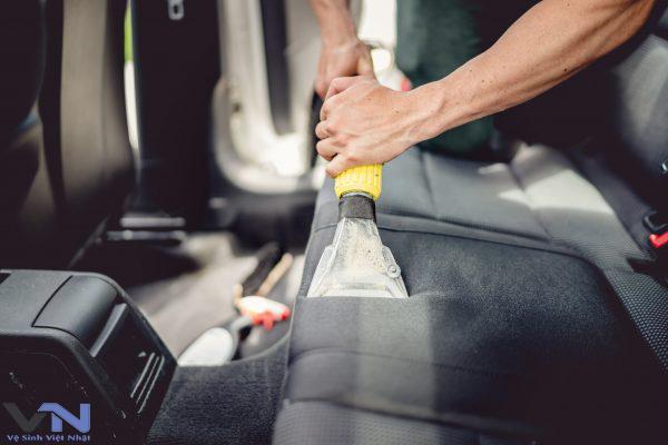 Dịch vụ giặt ghế xe hơi chuyên nghiệp