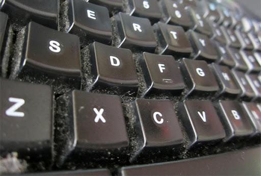 cách vệ sinh bàn phím laptop hiệu quả nhất