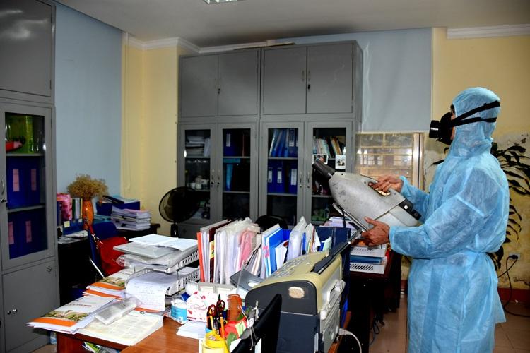 phun phòng chống dịch corona văn phòng