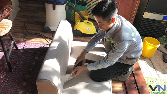 Clean the sofa at home in Hanoi