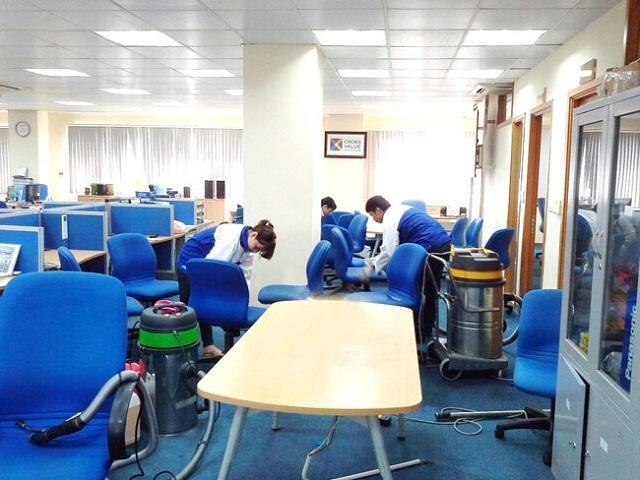 Viet Nhat cleaning company