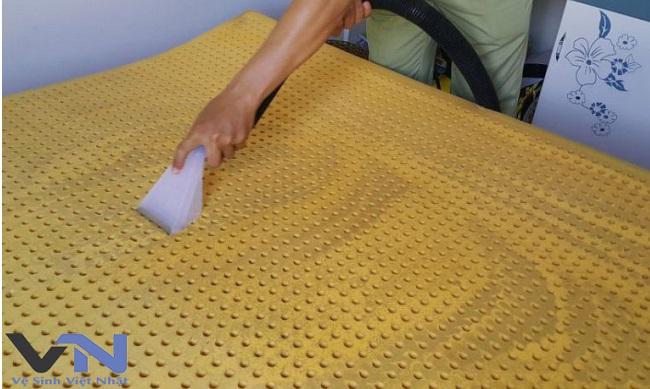 dịch vụ giặt nệm cao su tại nhà tphcm